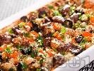 Рецепта Печено телешко месо с ориз, гъби, моркови, маслини и зеленчуци на фурна